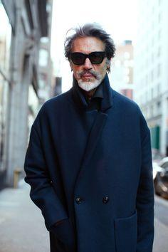 On the Street…Broadway, New York (The Sartorialist) The Sartorialist, Milan Fashion Weeks, London Fashion, Gentleman Style, Stylish Men, Well Dressed, Dapper, Casual, Celebrity Style