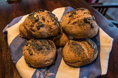 Dinkelbrötchen, einfach und super lecker, ein raffiniertes Rezept mit Bild aus der Kategorie Backen. 91 Bewertungen: Ø 4,5. Tags: Backen, Brot oder Brötchen, Vollwert