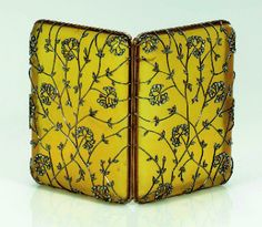 upintheatticus:  past exhibition - Faberge in Zurich, 2006, Museum Bellerive Zürich, Switzerland  Mustard Flower Cigarette Case (Moscow, Russia, 1898-1908) by Fabergé  Horn, gold, rose cut diamonds, 9.2x6.7x2.4cm Formerly Forbes Collection, USA source: Museum Bellerive Zürich   More Faberge artworks