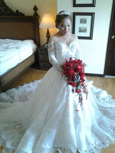 Bridal gown by EJ Relampagos