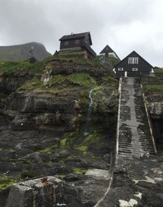 Somewhere on the Faroe Islands Travel Around The World, Around The Worlds, Village Tours, Kingdom Of Denmark, Beautiful Places In The World, Amazing Places, Hill Station, Destin Beach, Faroe Islands