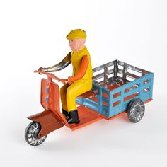 Portuguese auto-rickshaw by AML, the last manufacturer of tin toys in Portugal.