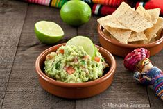 An easy and delicious recipe for my favourite Guacamole!