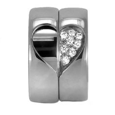 His and Her Wedding Band with Heart Shape in Platinum (6 mm)
