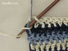 how to: crochet single row stripes without having to tie off and weave in loose…