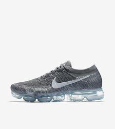 Over 7 years in the making, the Nike Air VaporMax is an evolution of the iconic Air Max lineage. Completely transforming the standard Air Max, the VaporMax beautifully blends a Flyknit upper with responsive cushioning Read Latest Sneakers, Sneakers Mode, Air Max Sneakers, Sneakers Fashion, Nike Air Max, Kicks Shoes, Adidas Shoes, Nike Running, Running Shoes For Men