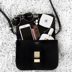 What's in your bag? #Céline