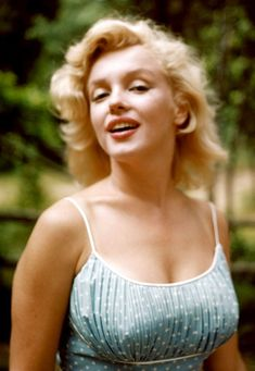 Marilyn Monroe photographed by Sam Shaw at her home in Amagansett, New York ~ 1957