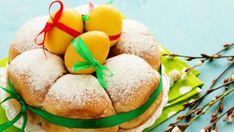 Velikonoce se kvapem blíží a je potřeba promyslet, které sladké dobroty letos budou zdobit váš slavnostní stůl. Bude to tradiční mazanec a beránek nebo vyzkoušíte něco nového? Cake, Desserts, Food, Tailgate Desserts, Pie, Kuchen, Dessert, Cakes, Postres
