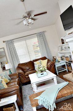 DIY Bench Tutorial and Family Room Decor @The 36th Avenue .com.com