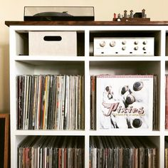 596 отметок «Нравится», 13 комментариев — Music Geek (@geekingonmusic) в Instagram: «IT'S EDUCATIONAL🎓!!!🔥🎶🔥 @PIXIES • #trompelemonde #nowspinning #vinyl #musicissacred #pixies»