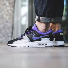 The Nike Air Max Zero tries its hand at the famed 'Persian Violet' colourway… Nike Air Max, Boutique, Shoes Sneakers, Shoes Men, Sneaker Magazine, Fashion Trends, Guy Fashion, Air Max Zero, Nike Flyknit