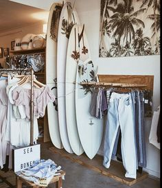 A women's coastal concept store in the heart of Byron Bay. Beach Aesthetic, Summer Aesthetic, Surf Cafe, Surfergirl Style, Surf Store, Surf Room, Beach Stores, Surf Shack, Byron Bay
