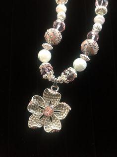Pink & white flower pendant necklace by lilhoneysshoppe on Etsy, $38.00