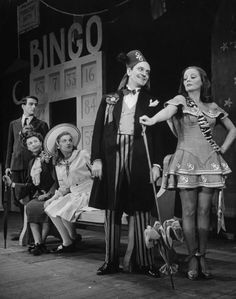 """Montgomery Clift, Florence Eldridge, Frances Heflin, Fredric March, and Tallulah Bankhead in """"The Skin of Our Teeth"""" Theatre Plays, Theatre Stage, Broadway Theatre, Movie Theater, West End Theatres, Tallulah Bankhead, Fredric March, Montgomery Clift, Cinema"""