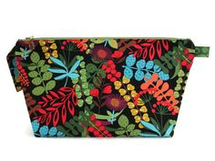 Large Wide Mouth Wedge   Abstract Floral with by birdlegbags  --- I LOVE MY BIRDLEGBAG.  Thank you J&K.