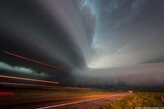 Storm Photography by Mike Hollingshead | Cuded