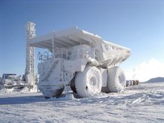 Abandoned Pics @Abandoned_Pic  11 лют. Frozen mining truck. pic.twitter.com/lDLfto6pZ0