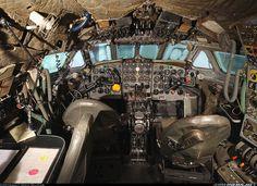 De Havilland DH-106 Comet 4 aircraft picture