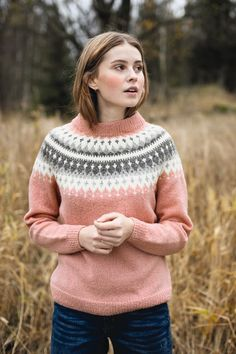 - Vardegenser til dame Fair Isle Knitting Patterns, Knitting Designs, Knit Patterns, Sweater Design, Cotton Sweater, Crochet Clothes, Hand Knitting, Knit Crochet, Sweaters For Women