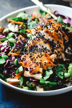 Asian Sesame Salad with Sriracha Salmon salmon recipes top 10 healthy food Sea Food Salad Recipes, Salmon Recipes, Fish Recipes, Seafood Recipes, Asian Recipes, Vegetarian Recipes, Cooking Recipes, Healthy Recipes, Cooking Food