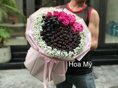 Strawberry Fruit, Hana, Acai Bowl, Floral Arrangements, Veggies, Bouquet, Creative, Flowers, Food