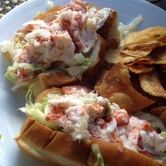 Another delectable set of lobster rolls. Photo courtesy of lisa_2286 on Instagram.