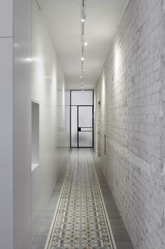 Gallery of Long and Slender / XS Studio for compact design - 10