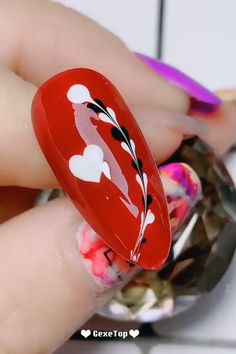 nail art designs easy / nail art ` nail art designs ` nail art videos ` nail art designs for winter ` nail art winter ` nail art designs easy ` nail art summer ` nail art diy Nail Art Hacks, Nail Art Diy, Easy Nail Art, How To Nail Art, Diy Valentine's Nails, Manicure, Gel Pedicure, Nail Polish Hacks, Pedicure Ideas