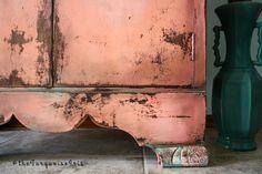 The Turquoise Iris ~ Vintage Modern Home