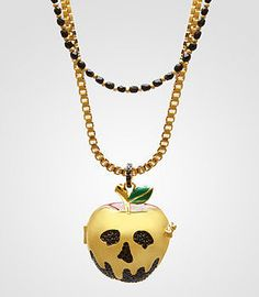☆ Disney Couture Snow White Poison Apple Necklace ☆