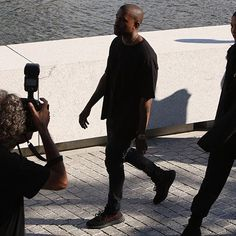 Kanye in the 'BRED' Yeezy Boost 350 V2's yesterday CLICK the LINK in our BIO to see what else was shown at Season 4 show... Are these the BEST Yeezy Boosts yet? - #yeezysforall #yeezyboost #yeezyboost350 #adidasoriginals #kanye #kanyewest #kanyewestshoes #yeezy #yeezy350 #freshkicks #nicekicks #shoes #shoesoftheday #yeezytalkworldwide #yeezybusta