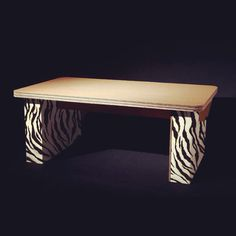 Animalier cardboard table