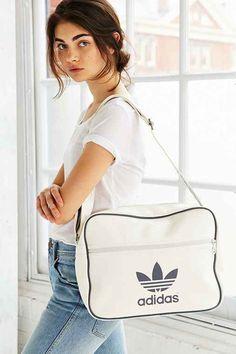 334cfa49ab adidas Originals Airline Shoulder Bag- White One Mode Adidas, Tenue De Sport,  Tenues