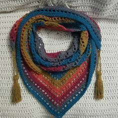 """One """"Big Cake"""" Shawl Scarf I'm in love with this scarf! Uses one caron big cake Best Picture For tunisian Crochet For Your Taste You. Crochet Shawls And Wraps, Crochet Scarves, Crochet Clothes, Crochet Hats, Lace Shawls, Knitted Shawls, Caron Cakes Crochet, Diy Crochet, Caron Cakes Patterns Knit"""