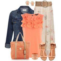 Gonna midi e accessori orange - Look del giorno dedicato alle fashion victim che adorano uno stile ricercato e fashion allo stesso tempo. Per realizzare questo outfit abbinare una gonna midi plissettata con un top arancione, aggiungete sandali bassi orange o corallo, accessori in coordinato e voilà, siete pronte!