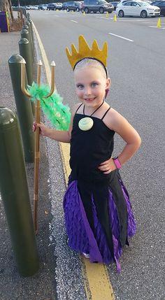 Diy ursula costume caitlyn constancio giggles pinterest kid ursula costume solutioingenieria Images