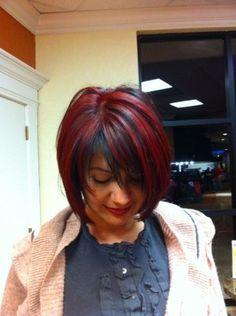 Red highlights on dark hair Dark Hair With Highlights, Chunky Highlights, Short Hair Cuts, Short Hair Styles, Hair Today Gone Tomorrow, Great Hair, Amazing Hair, Coloured Hair, Up Girl