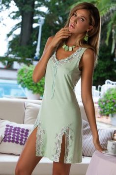 Mint nightdress by Cotton Club. Photo © Cotton Club Italy. #Mint #Lingerie #Dessous
