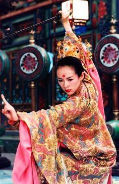 Zhang Ziyi in House of the Flying Daggers #hanfu