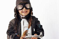 be711f0a0fc59 Cómo confeccionar una gorra de aviador para un disfraz. Pilotos ...