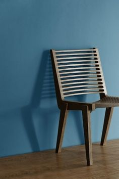Hiab Chair by Luis Mercado for Pirwi Deco Furniture, Plywood Furniture, Fine Furniture, Modern Furniture, Furniture Design, Custom Furniture, Chair Design Wooden, Wood Design, Soft Seating