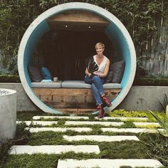 Alison Douglas recycled concrete pipes to create a dreamy urban oasis Pipe Dream by Alison Douglas – Inhabitat - Green Design, Innovation, Architecture, Green Building Design Zen, Zen Garden Design, Landscape Design, Design Ideas, Recycled Concrete, Concrete Materials, Garden Show, Dream Garden, Backyard Patio