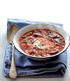 Fazolová polévka Czech Recipes, Old Recipes, Healthy Recipes, Ethnic Recipes, Food 52, Soups And Stews, Bon Appetit, A Table, Delish