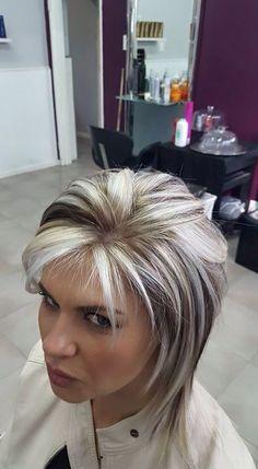 Best 10 Hair Color Highlights And Lowlights Fun Brown Ideas – SkillOfKing. Short Shag Hairstyles, Pretty Hairstyles, Layered Hairstyles, Bob Haircuts, Medium Hair Styles, Short Hair Styles, Gray Hair Highlights, Chunky Highlights, Haircut And Color