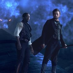 Abraham Lincoln (Benjamin Walker) and Will Johnson (Anthony Mackie) in one of the slick action sequences from Abraham Lincoln: Vampire Hunter. I will admit that I read the book and am excited for this movie! Benjamin Walker, Abraham Lincoln Vampire Hunter, Lincoln Life, Steampunk Movies, Hunter Movie, Dominic Cooper, 10 Film, Be With You Movie, Anthony Mackie