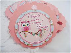 Tag feita de papel color plus e papel glossy 180g. <br>Furinho é opcional.