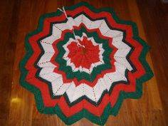 How to make a Christmas tree skirt; Christmas Decoration Crafts