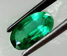 2.72 ct Natural Colombian Green Emerald  DIiamond Engagement Ring 18K White Gold #SamJewel #AnniversaryBirthdayWeddingValentinesChristmas