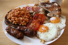 the traditional english fry up. best. meal. ever. god i miss england